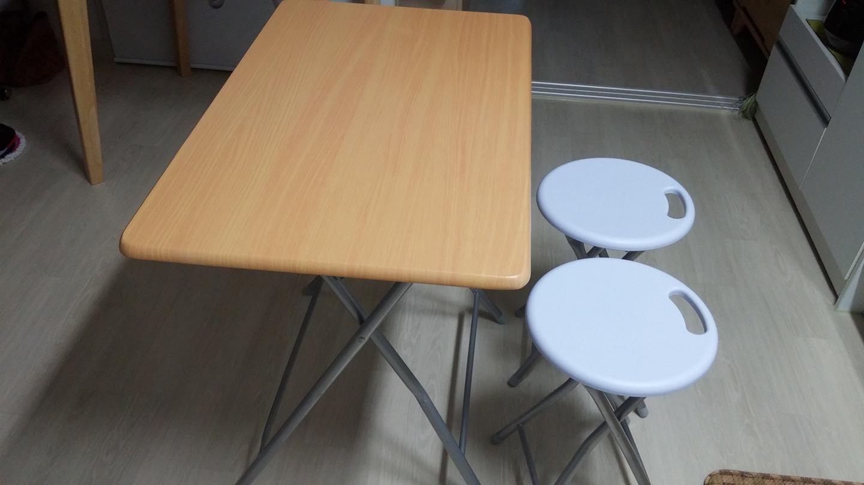 테의블,  의자2개