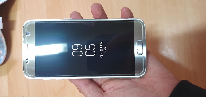 갤럭시S7 32GB 액정상태 좋은제품 10만원 팝니다