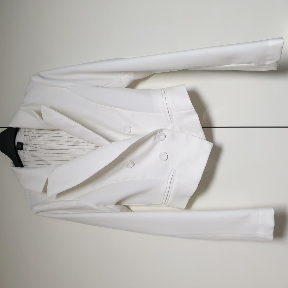 흰 정장 자켓 !! 숏자켓이예요 ~