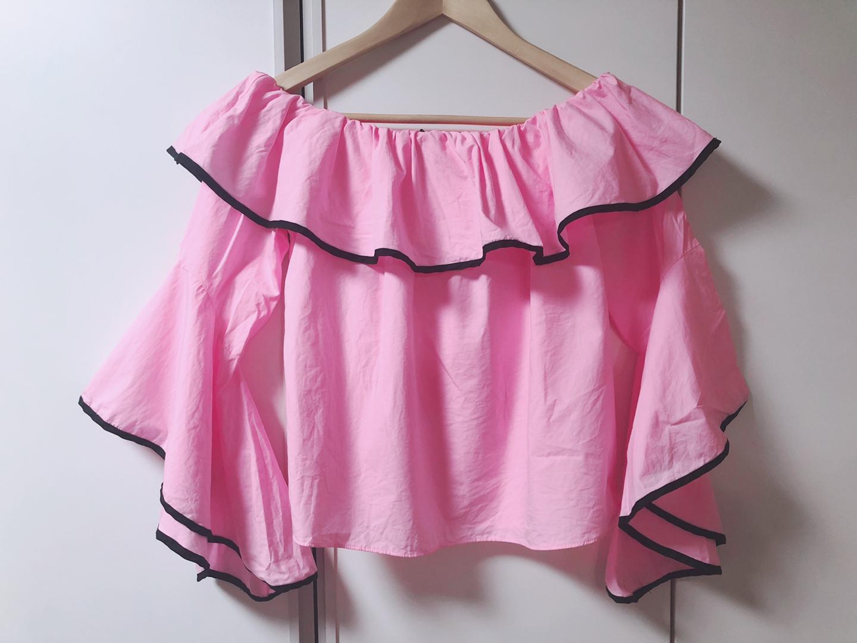 (새상품)자라 오프숄더 핑크 블라우스