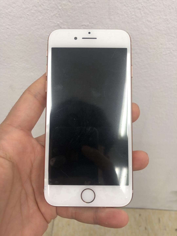 아이폰8 64G 골드 팝니다!
