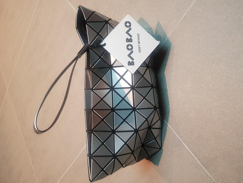바오바오 클러치ㅡ새상품ㅡ택,쇼핑백포함