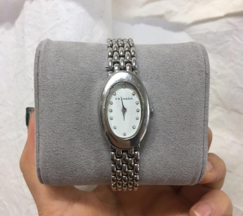 비비까사니아 메탈시계 여자시계 손목시계 시계