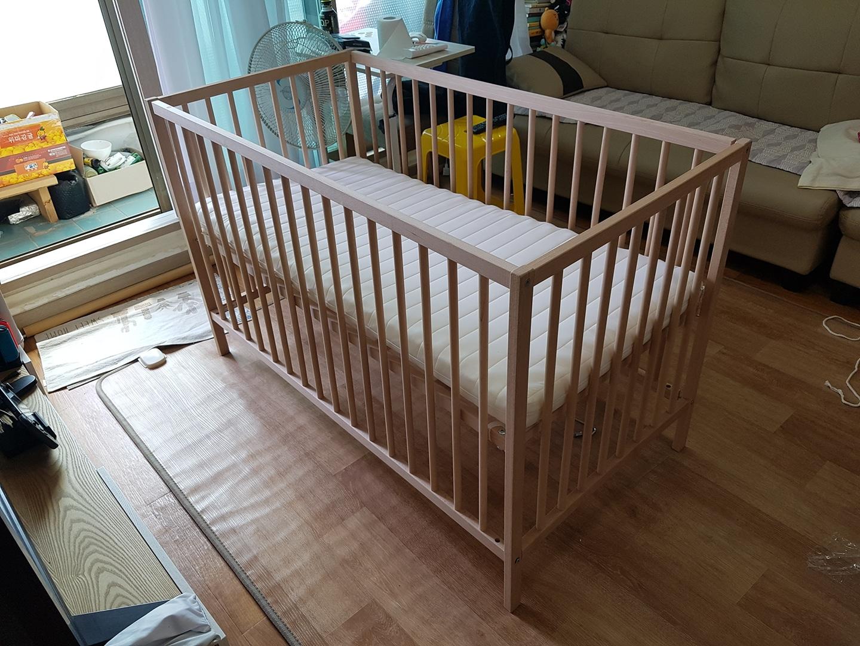 이케아 스니글라르 아기침대