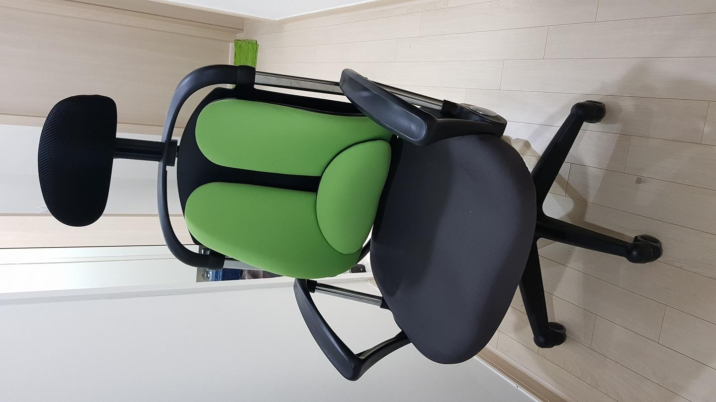 장인가구 홈오피스의자 시스템프로C형 의자 팝니다.
