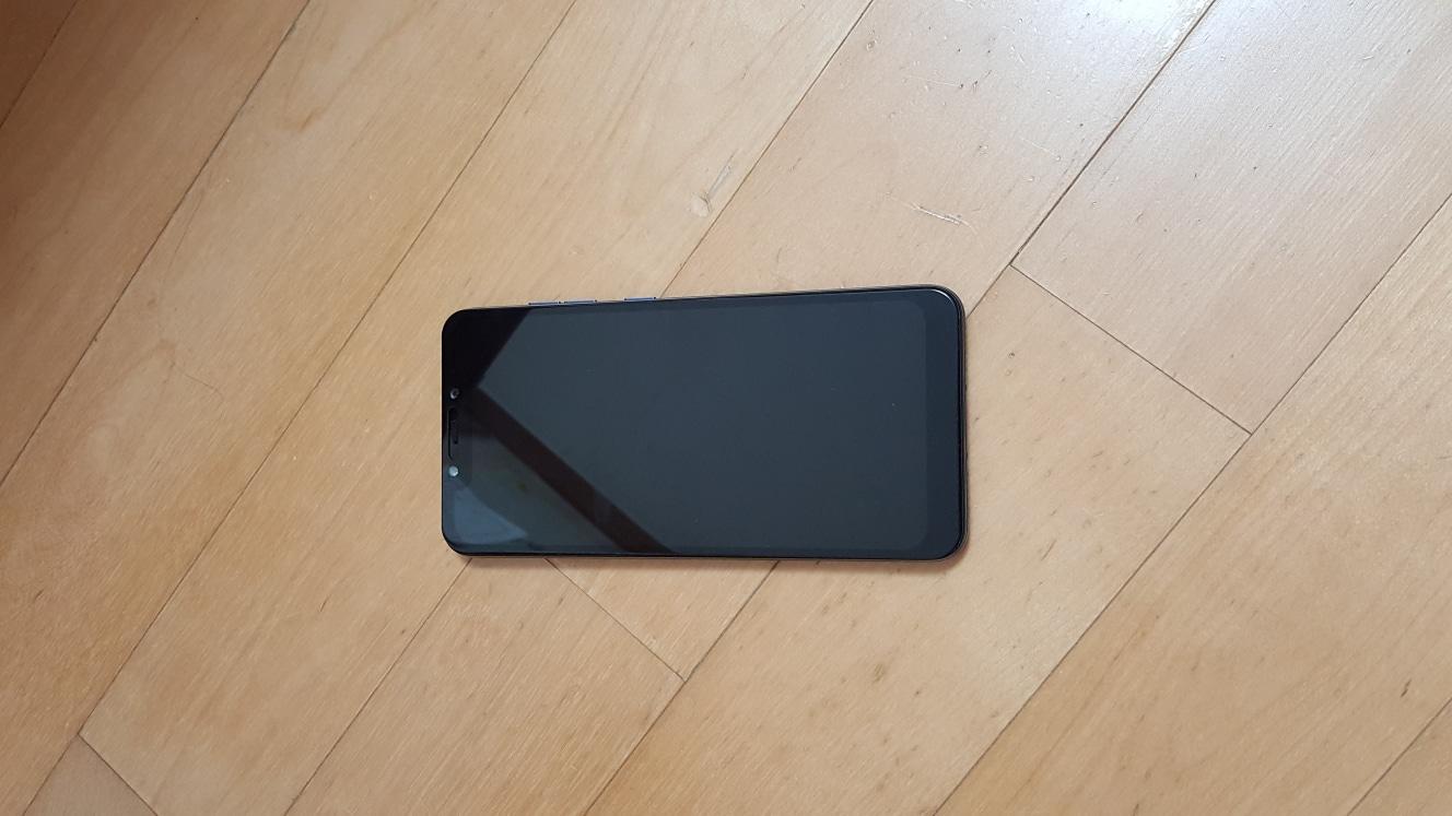 포코폰 판매 합니다 교신도 가능 합니다 S9  S9+