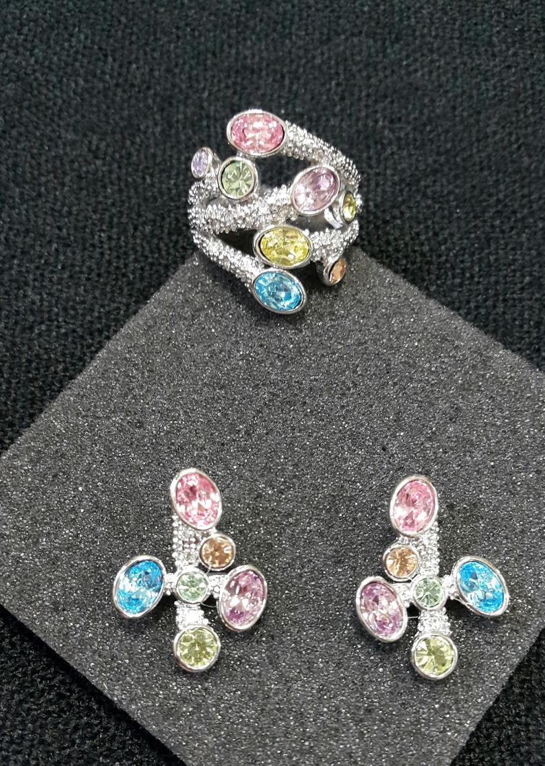 [가격인하♡미사용 새상품]☆블링블링 화사하고 예쁜 파스텔빛 보석 반지와 귀걸이 세트