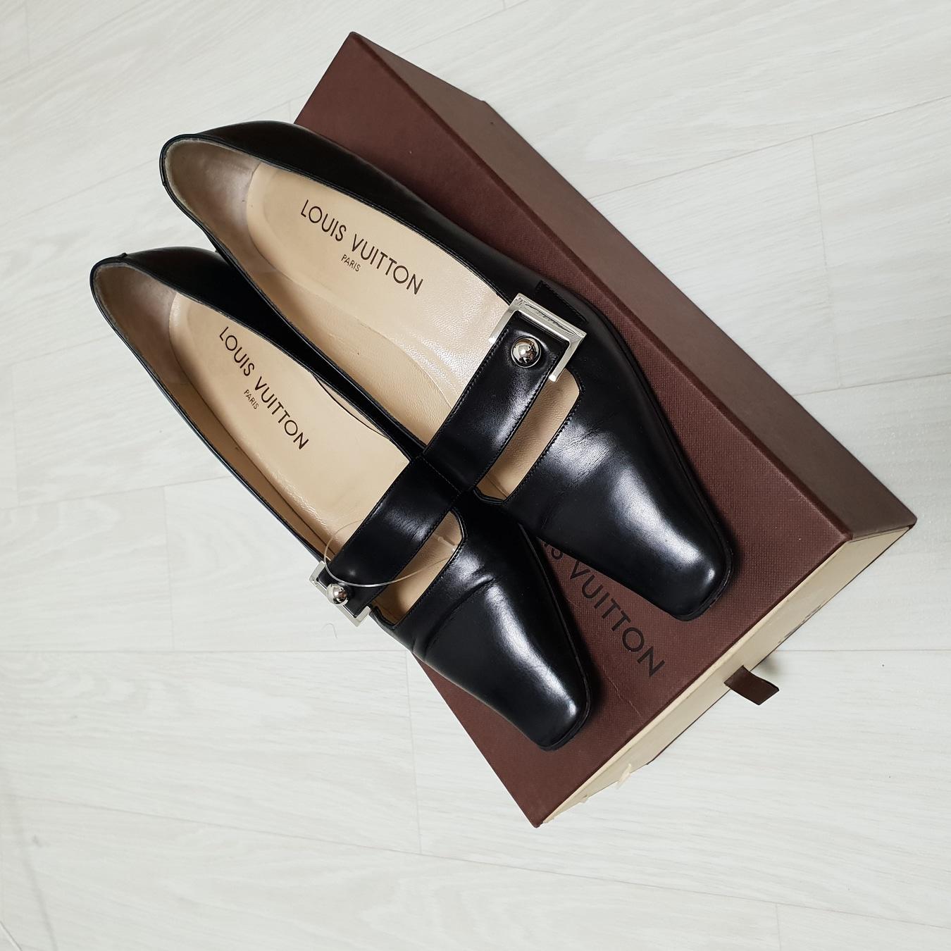 루이비통 구두 신품급