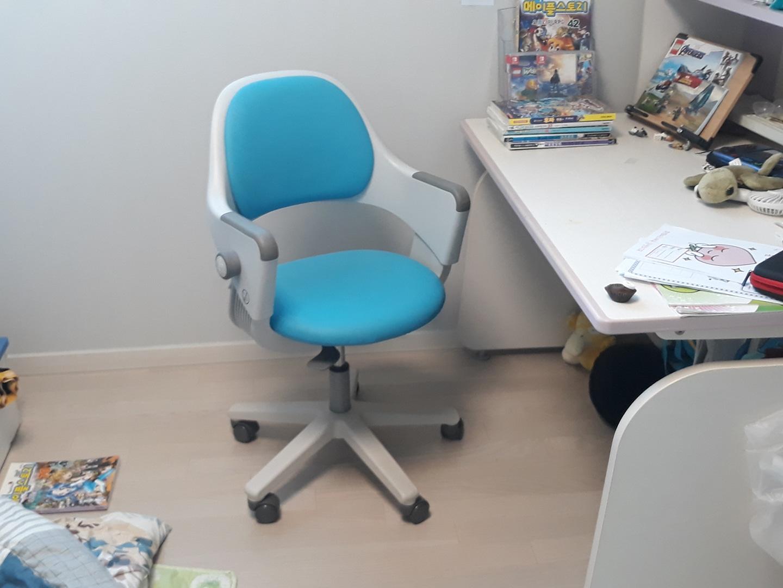 시디즈링고 의자 팝니다