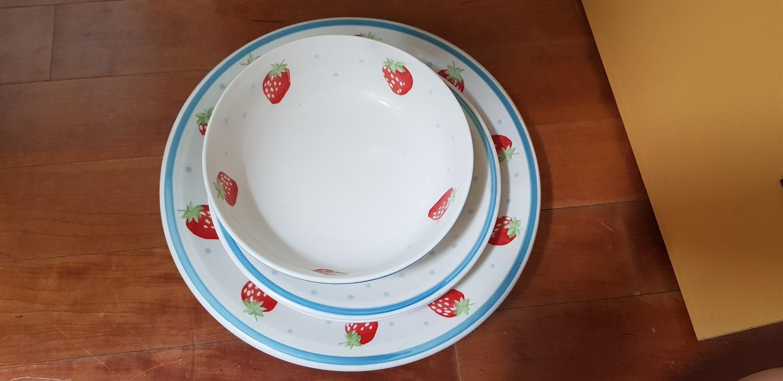 접시 그릇 전부