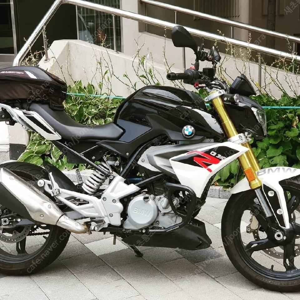 BMW G310R 오토바이 판매해요