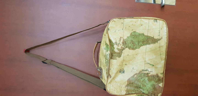 올리비아하슬리여행용가방