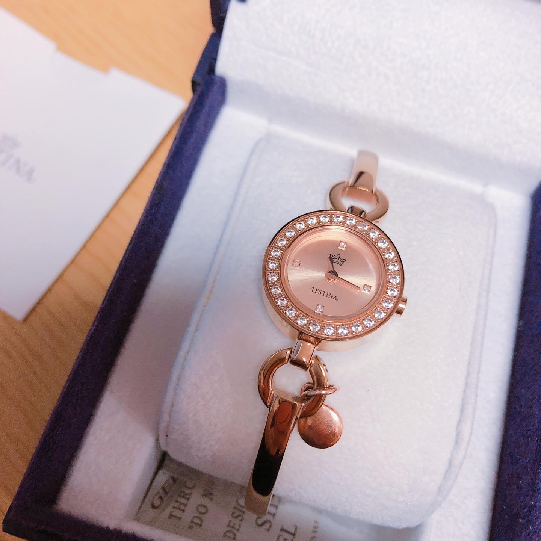 제이에스티나 손목 시계