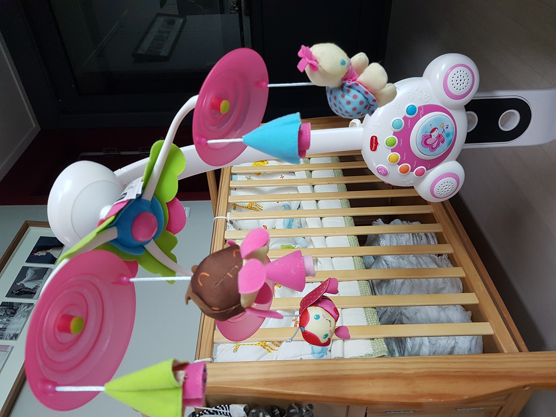 타이니러브 모빌 흑백모빌 거치대포함 + 아기체육관 드림