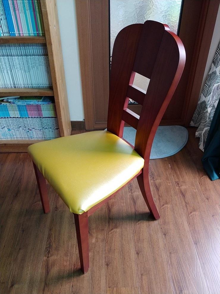 4인용 식탁 의자
