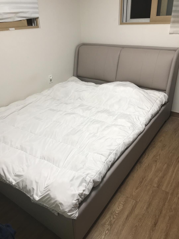 급처) 침대 프레임 Q 판매합니다
