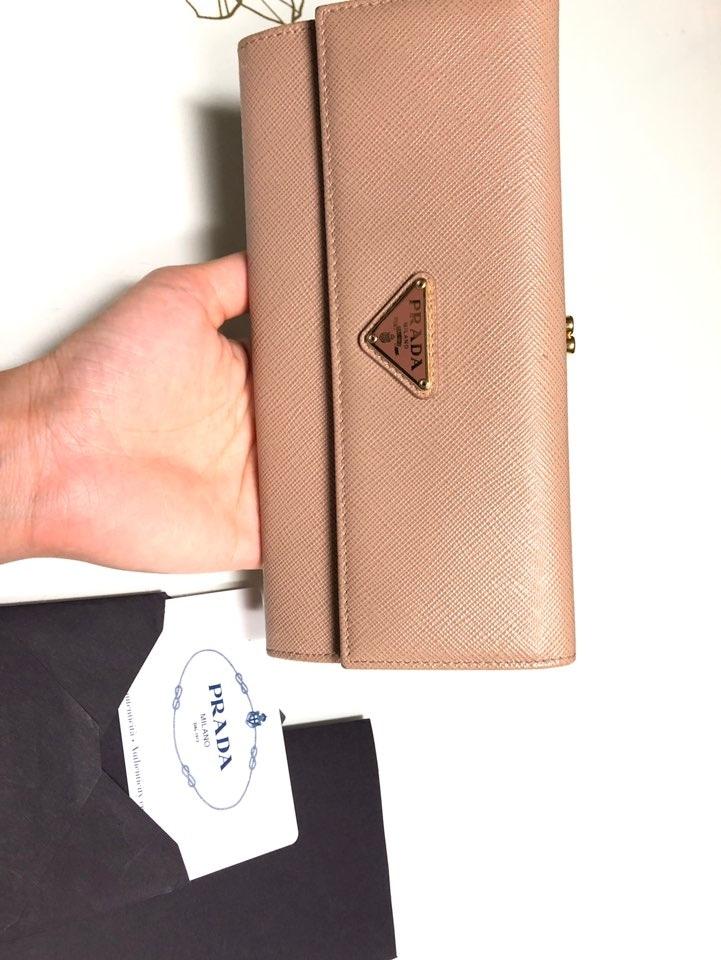 프라다장지갑(정품)가격내림