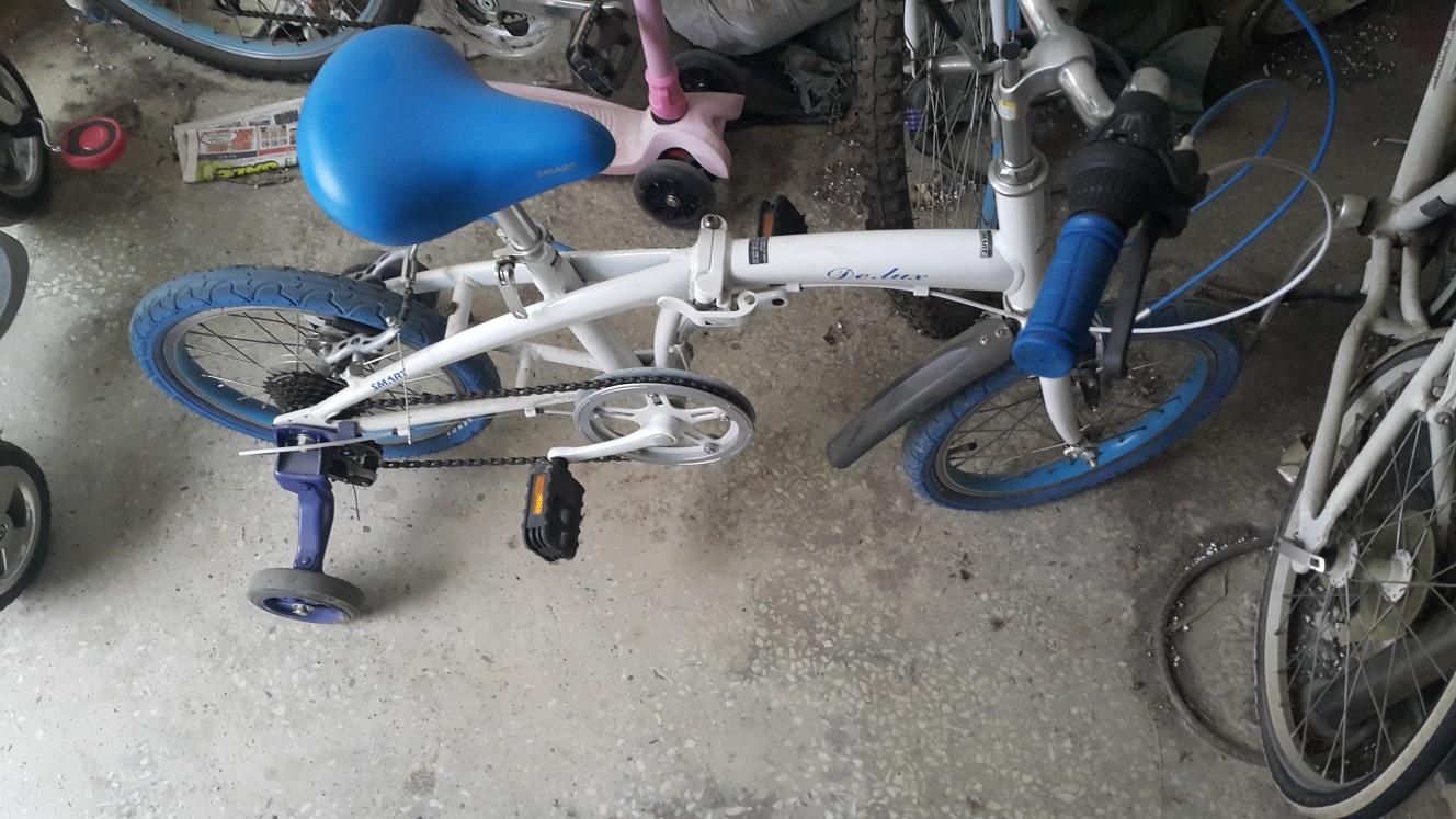세발자전거 보조바퀴자전거