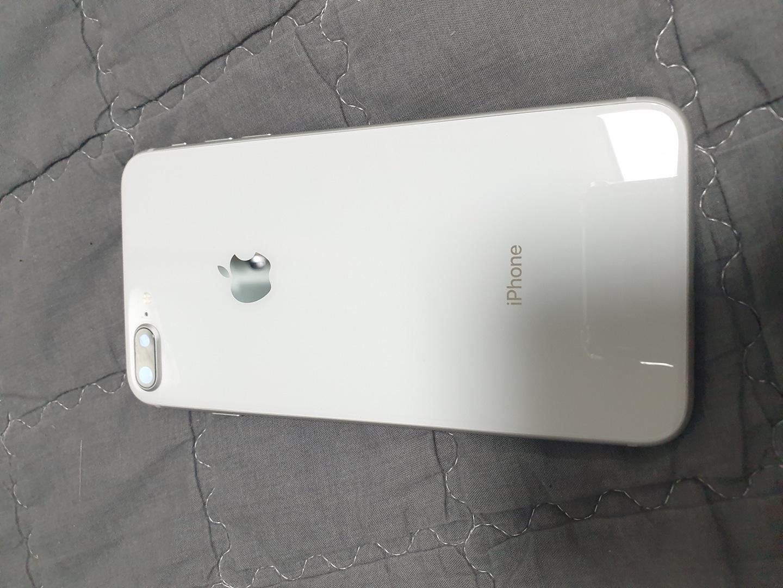 아이폰8+