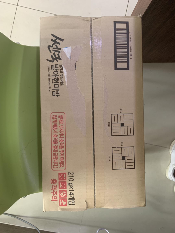 동원쎈쿡100%현미밥14개+견과류40개+오트밀1.5kg+랩노쉬 쉐이크4개