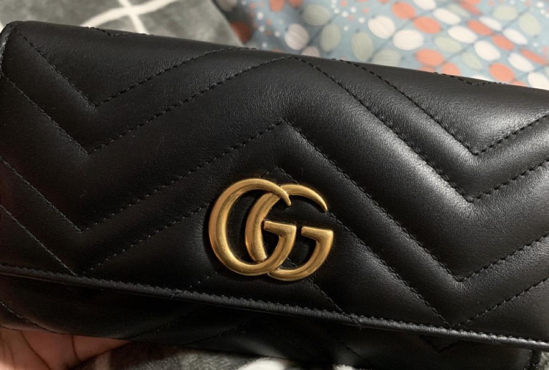 구찌 마몬트 장지갑 판매