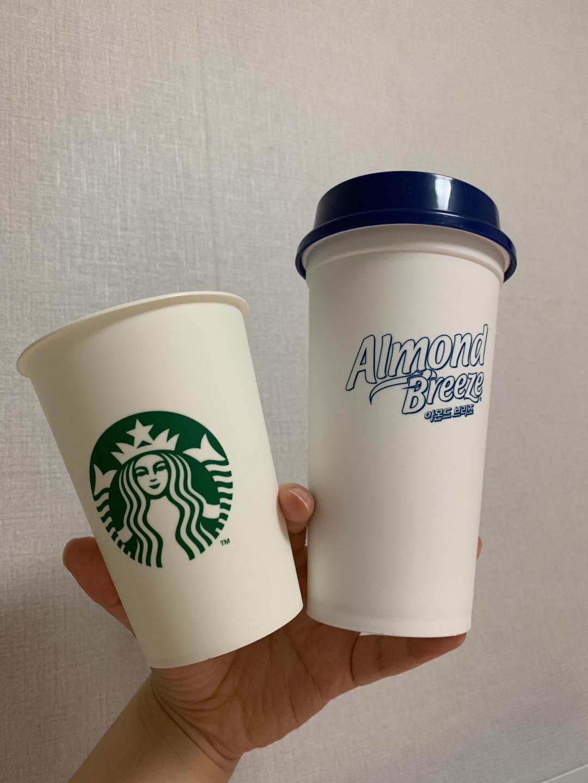 아몬드 브리즈 리유저블 컵+스타벅스 리유저블컵