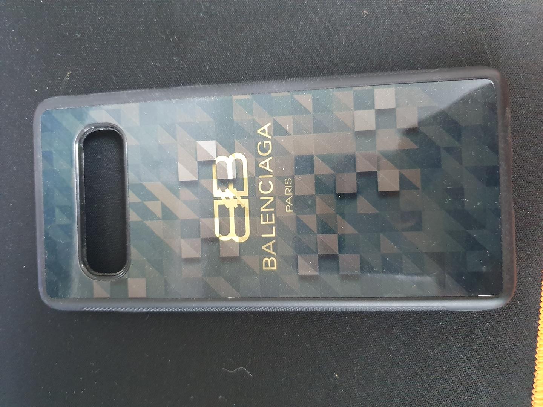 겔럭시 s10 휴대폰케이스 팝니다.