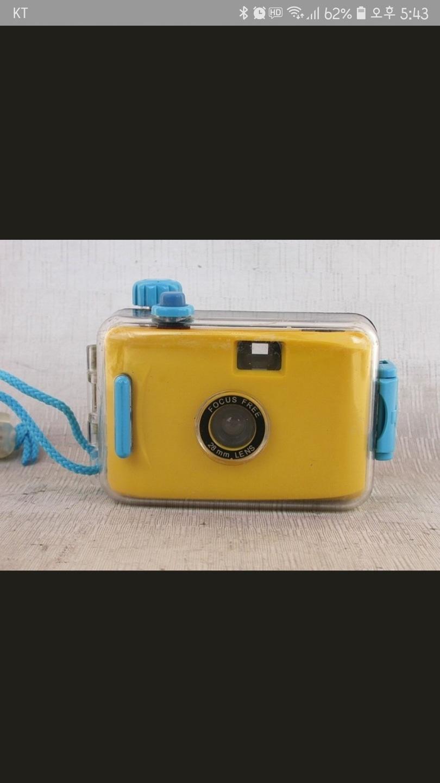 ✔️토이카메라 필름카메라 방수카메라 수중카메라 VIVITARUW100입니다.(새제품)