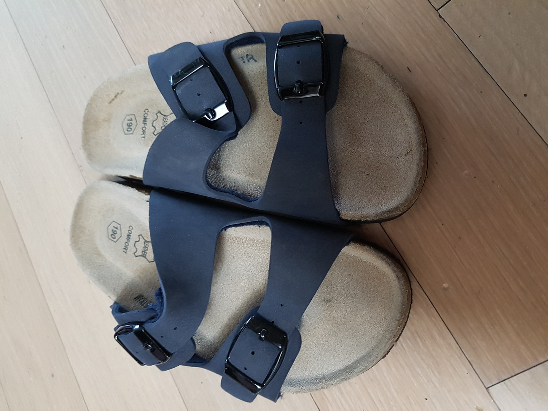 신발. 190.