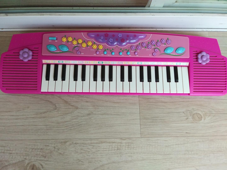 장난감 피아노 팝니다