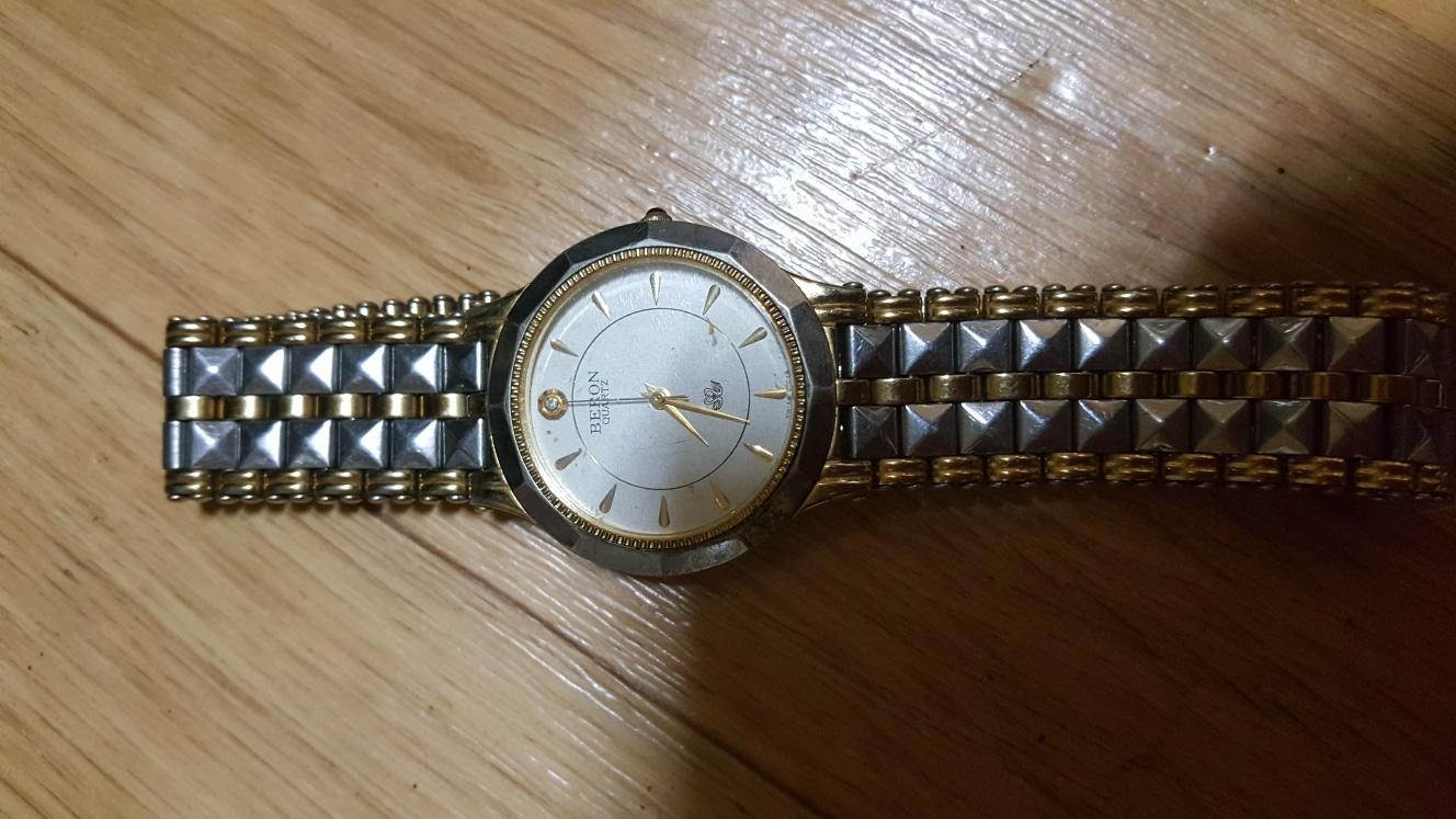 BERON(WATER RESlSTANT)남성손목시계! (밧데리)자동시계!