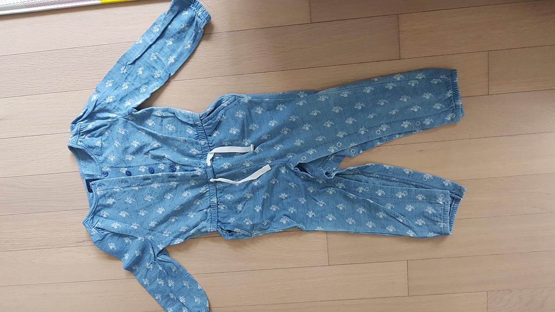 갭 우주복 여아옷 여자옷 아기옷 애기옷 영유아옷