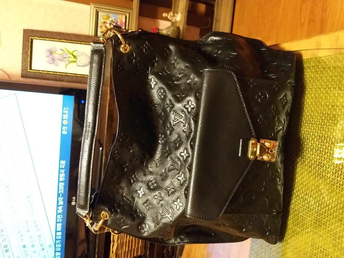 루이비통가방