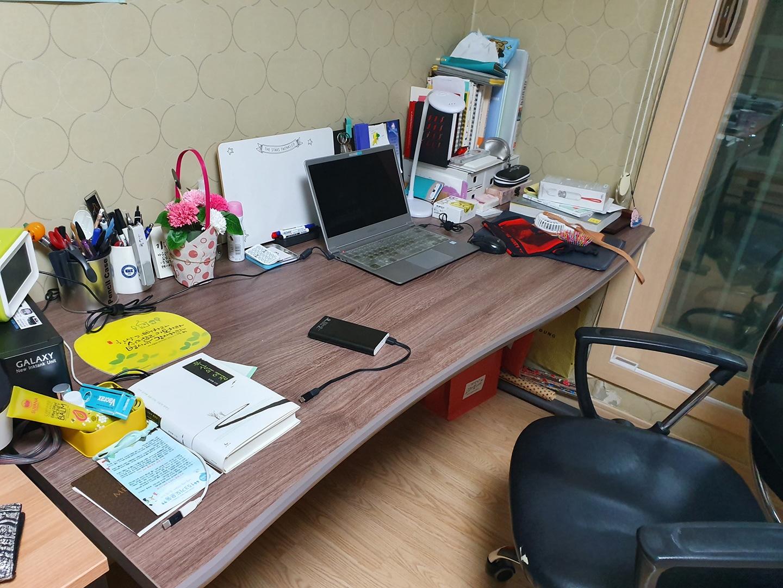 책상 팝니다