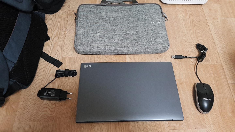 안산 LG 그램 15인치 i5 엘지 gram 980g 경량 슬림 휴대용