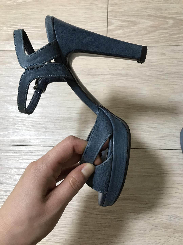 수제가죽샌달 215~220 2개 가격내림
