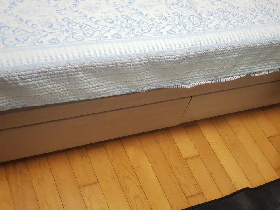 퀸사이즈 침대 나눔