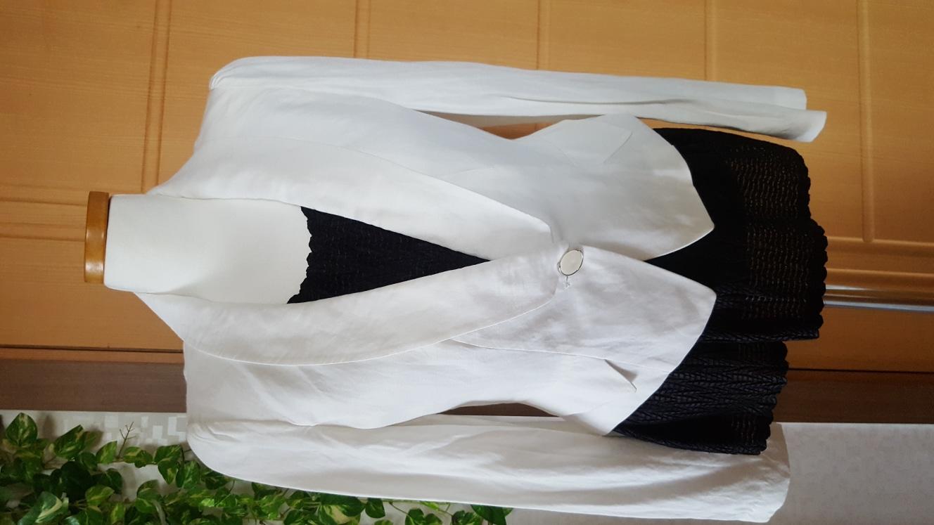 흰색 자켓