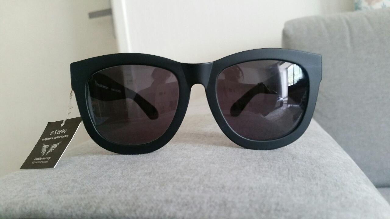 [ 새상품 ]■ 안경테 선글라스 ■가볍고ᆞ착용감이 편하네요~