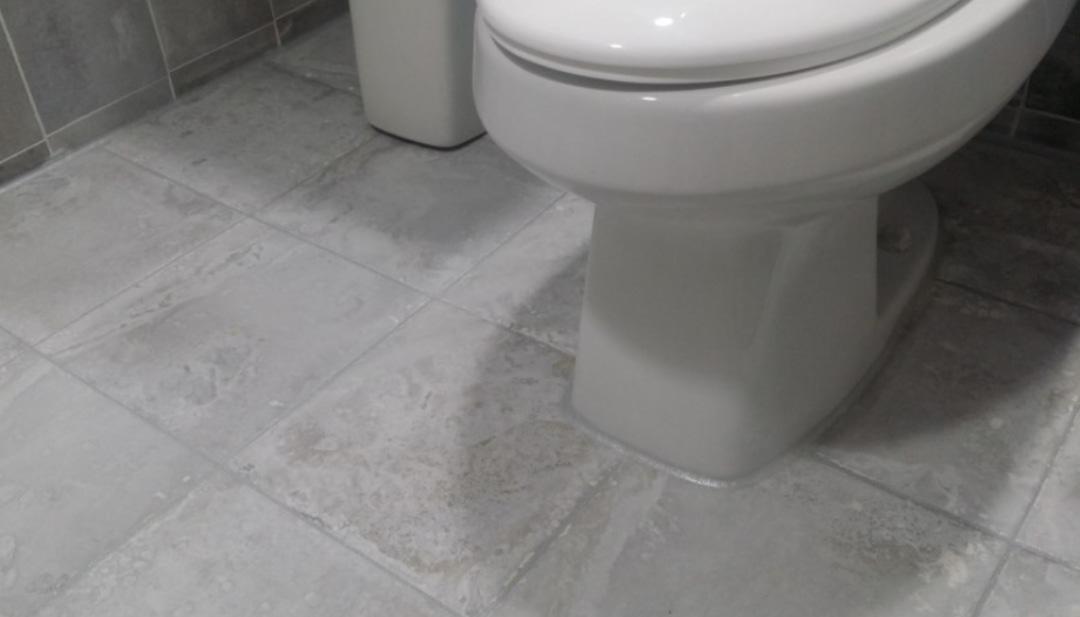 화장실.욕실.곰팡이줄눈 .세탁실줄눈.대리석줄눈.향균소독.내외부실리콘.외부누수코킹.창호.방충망교체.입주청소