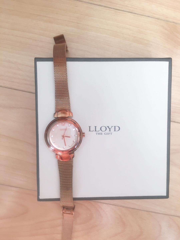 로이드 여성 시계