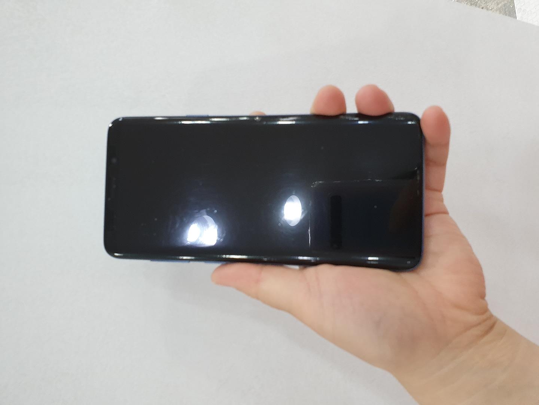 s9+ 64g 블루 + 삼성정품플립케이스 같이드려요♡