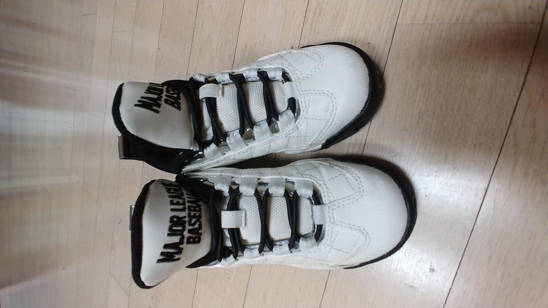 MLB 170 어린이 신발입니다
