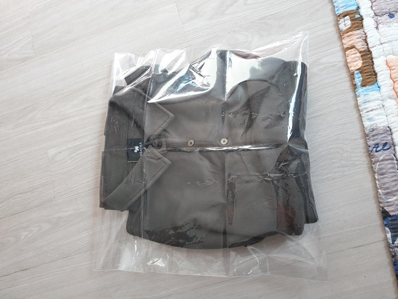 아가타 카라 티셔츠