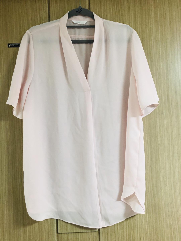 러블리하면서 심플한 디자인옷 치마.블라우스