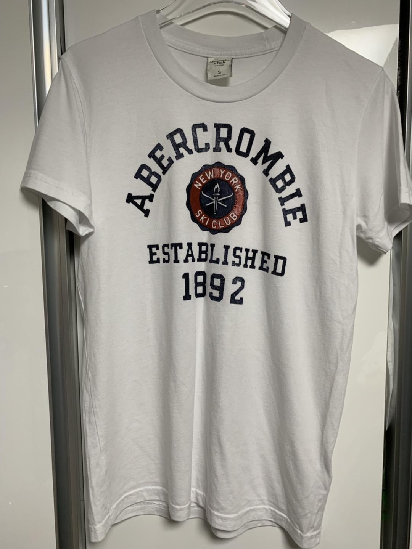 아베크롬비 반팔 티셔츠