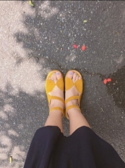 겨자색 여름 샌들 새상품