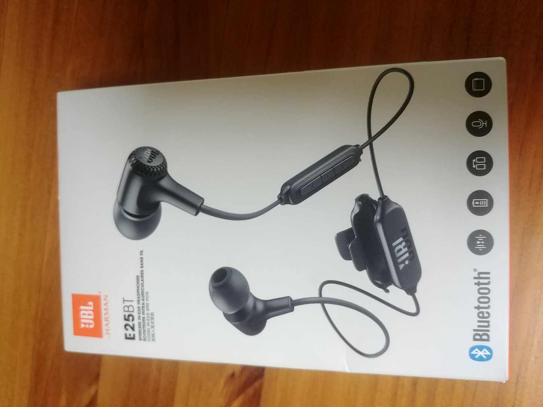 JBL E25BT 블루투스 이어폰 새제품