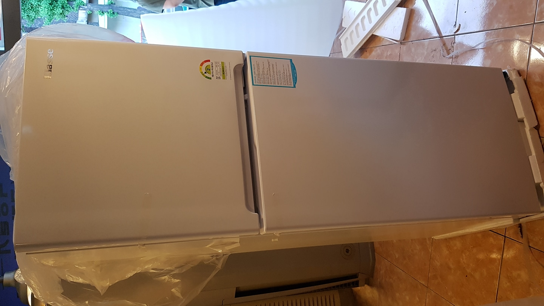 새 냉장고 한번 올려봅니다.
