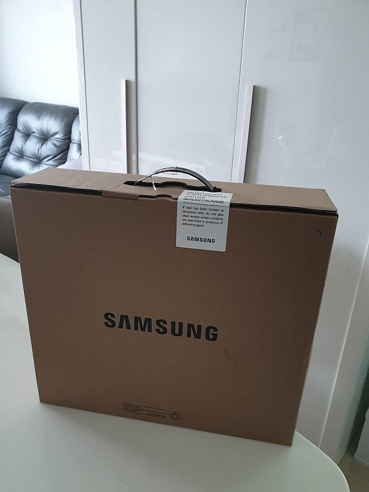 삼성 노트북 및 클라란스 임산부 튼살크림 팝니다